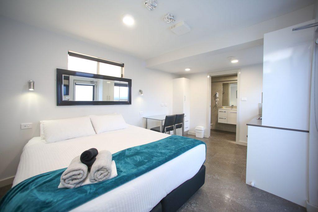 Fantastic Small Studio Jesmond Executive Villas Interior Design Ideas Apansoteloinfo